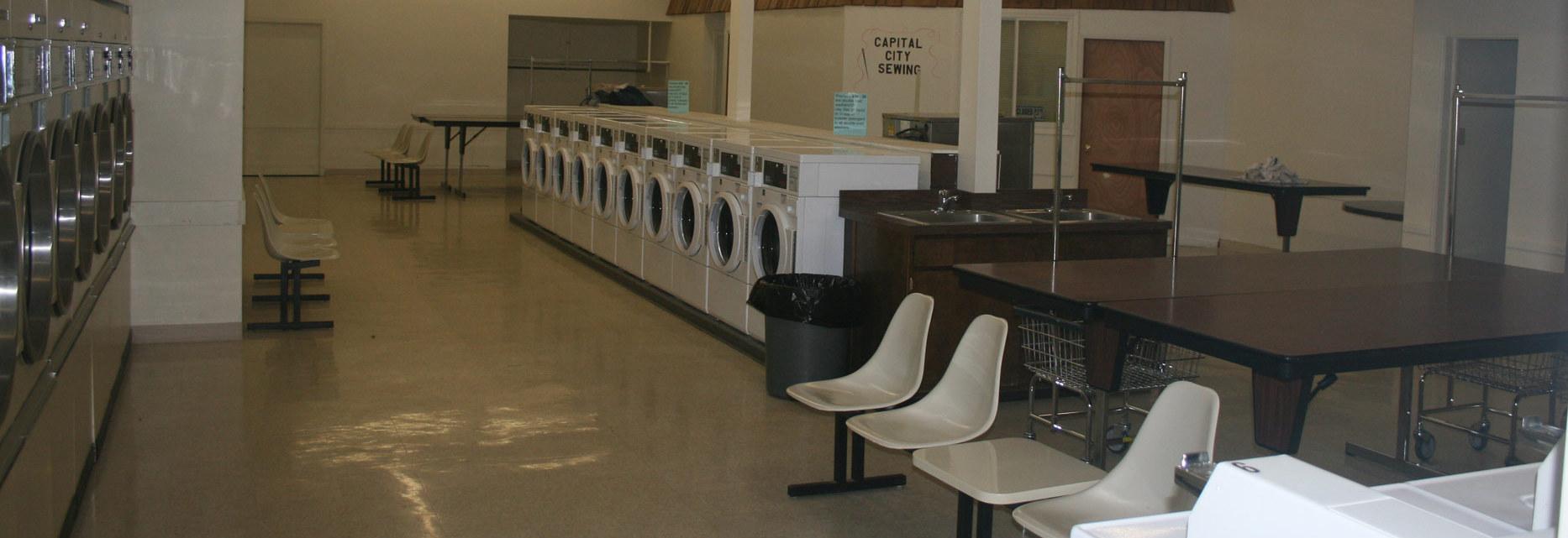 Fantastic laundromat center in Lincoln, NE