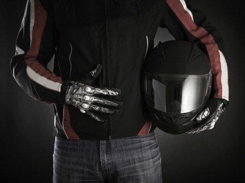 Accessori e abbigliamento per moto