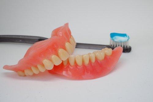 protesi dentaria mobile