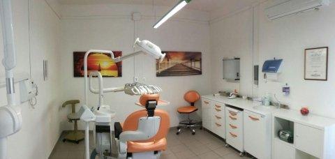 Studio dentistico Dr. Corsi