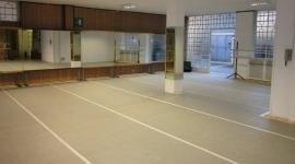 La scuola e' formata da 3 sale e un open space.