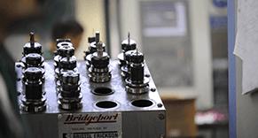Assemblaggio meccanica di precisione