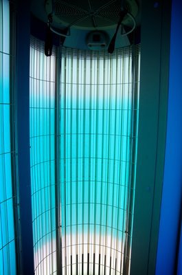 Sun tanning room