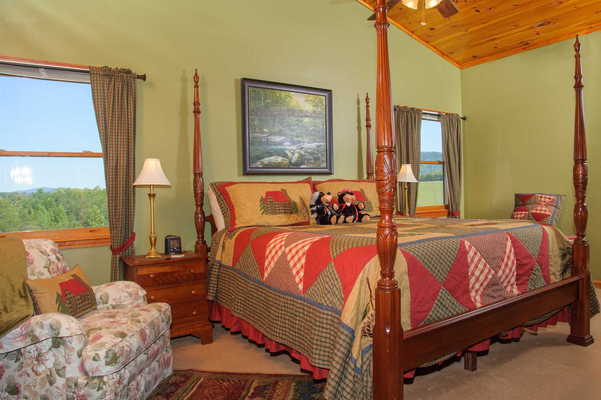 Blackberry Springs Suite in the Smoky Mountains