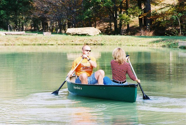 canoeing in Tennessee pond