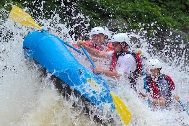 White water rafting in Tennessee River