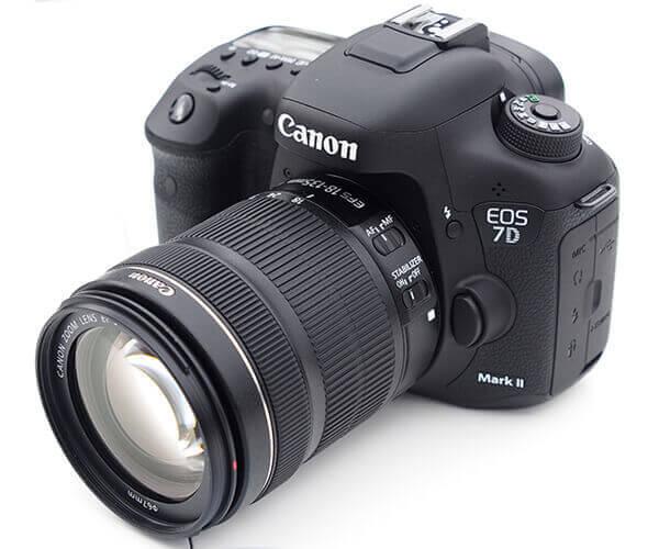 Canon 7D Mark 2 18-135