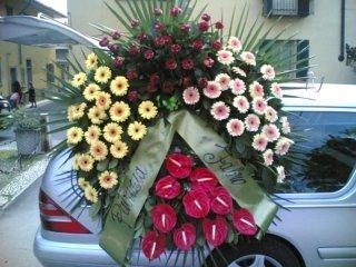 decorazione veicolo funebre