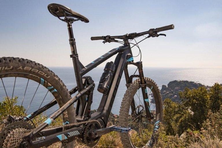 Mountain bike visto dall'alto
