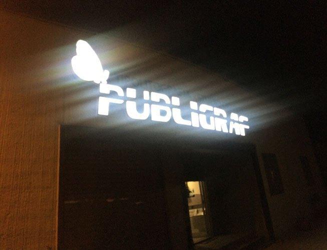 insegna illuminata PUBLIGRAF