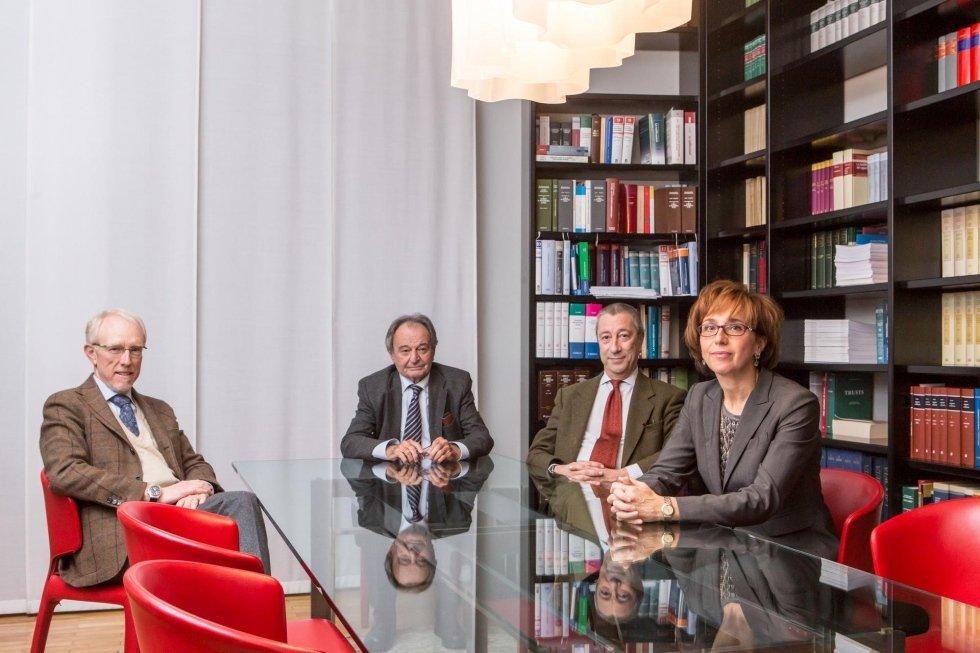 Avvocati Jona, Sormano, Manfredi e Fontana