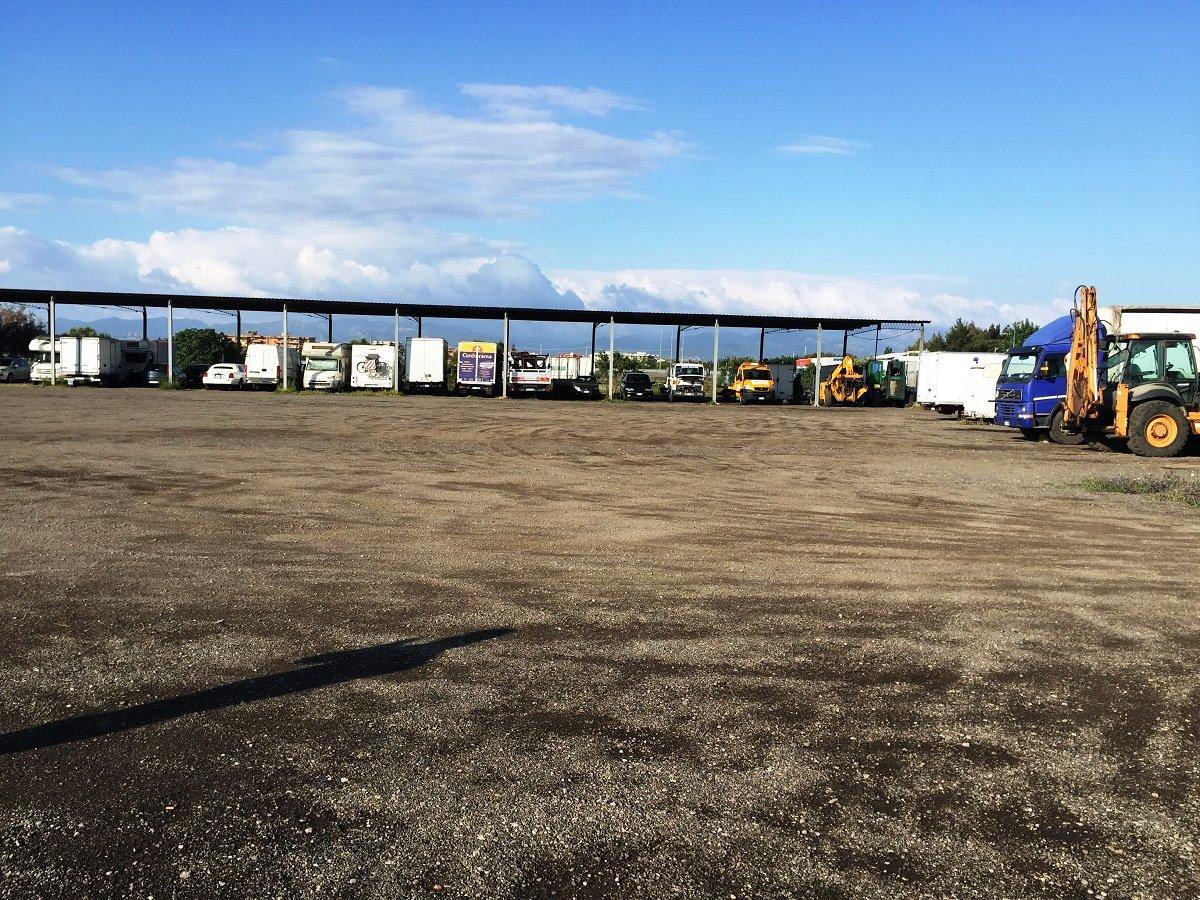 Il nostro parcheggio custodito a Pula-Autoservizio due