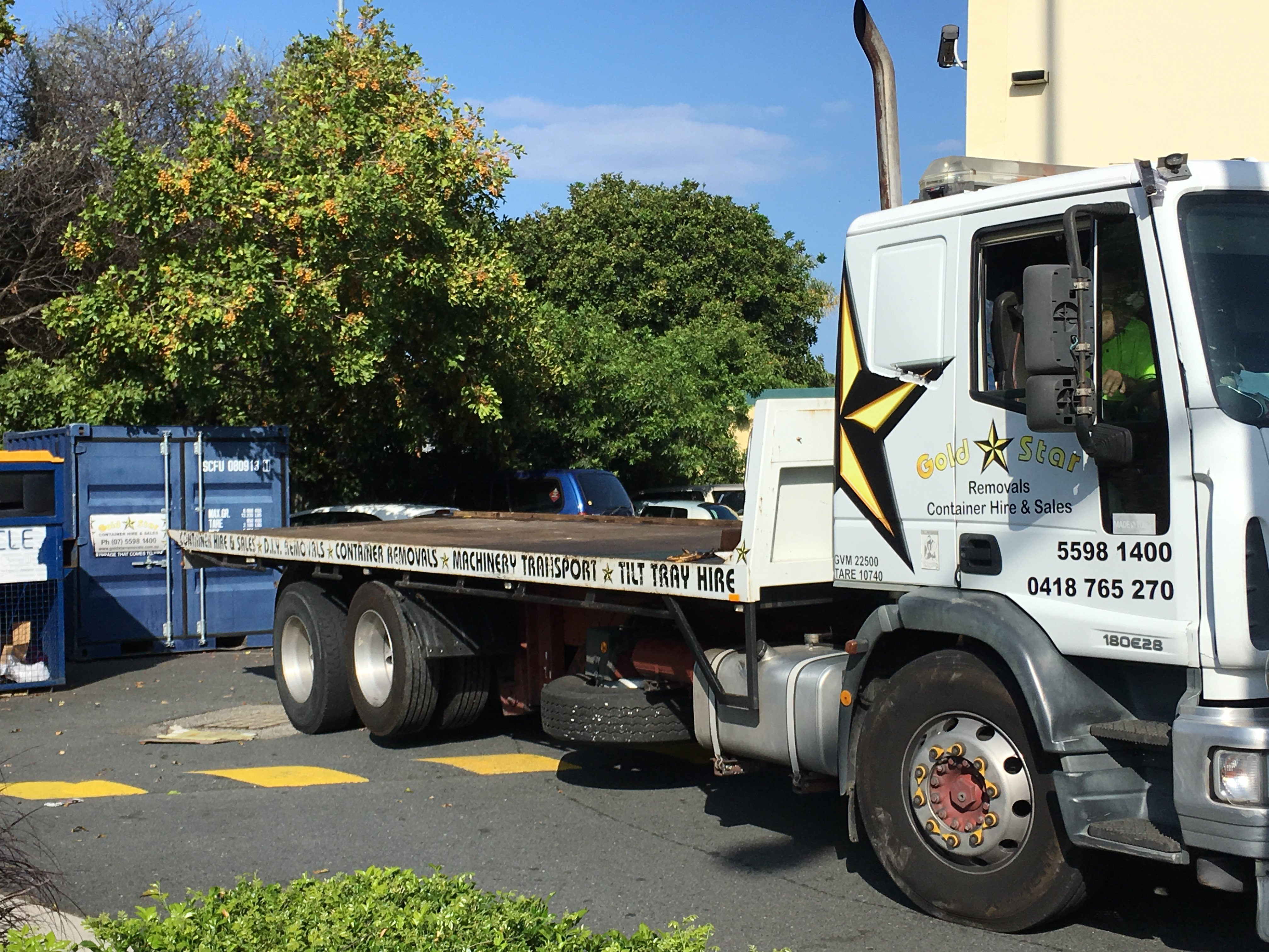 Gold Coast Truck Conveyor PODS Furniture Removalists
