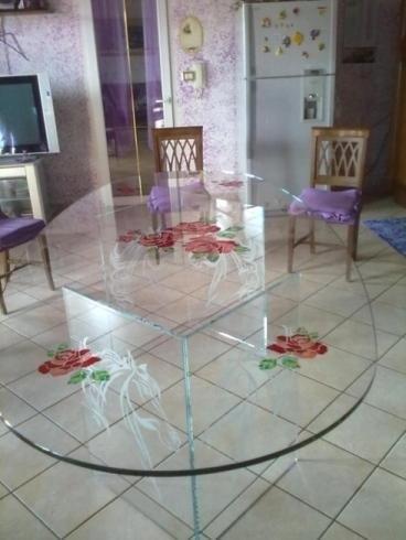 Decorazione vetro tavolo