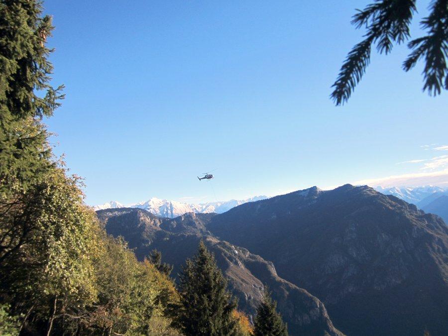 Trasporti e traslochi internazionali con gli elicotteri a San Giovanni Lupatoto-Traslochi Sargu