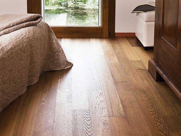 Pavimento in legno doussie