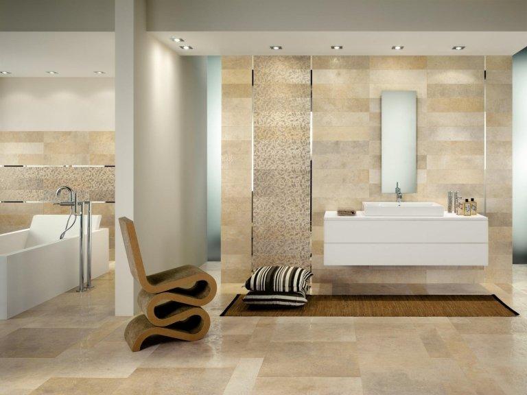 Rivestimento bagno in pietra lucida