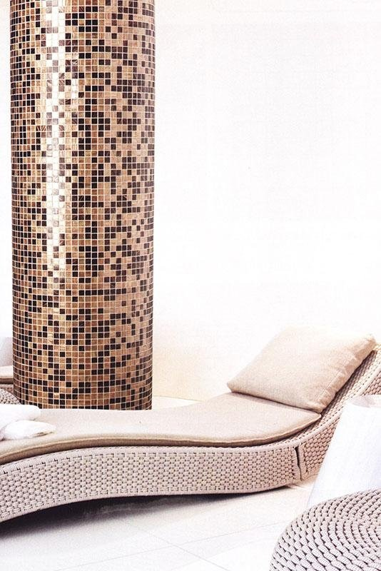 Colonna in mosaico