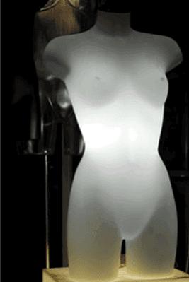 busto illuminato