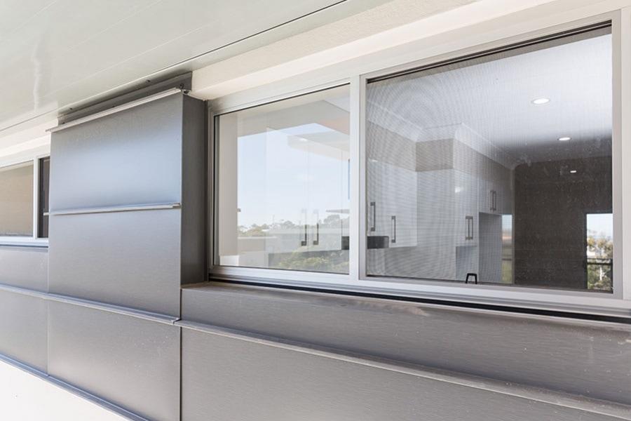fly screen window