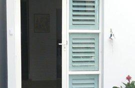 plantation blinds on door