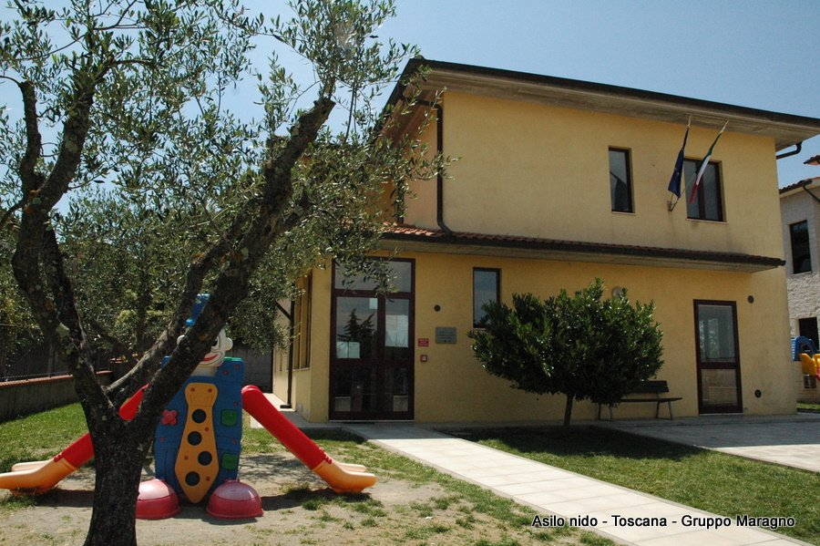 un asilo nido in Toscana visto da fuori
