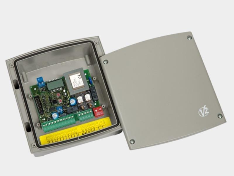 EASY TOP Centrale di comando digitale 230V per serrande avvolgibili