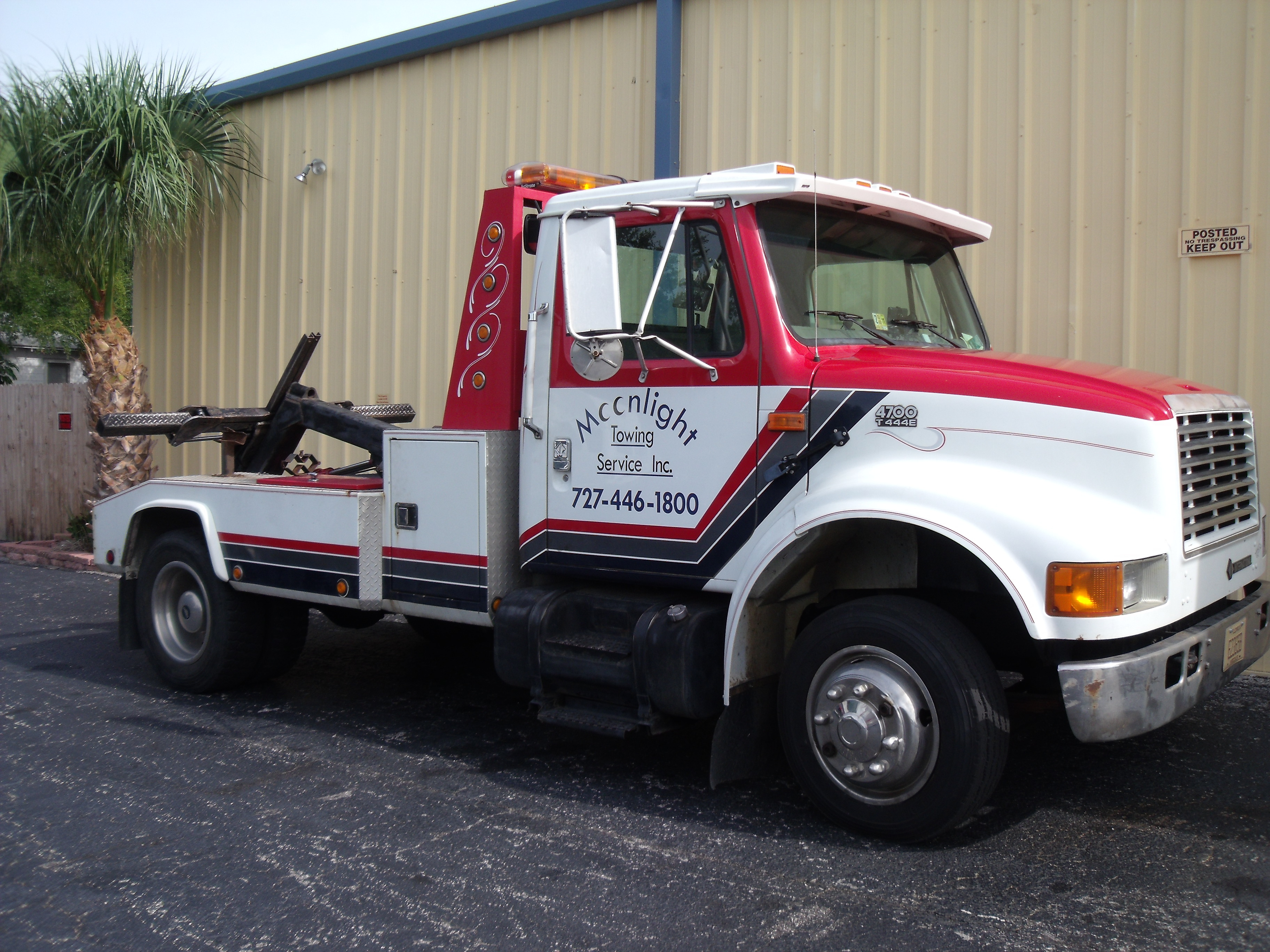 Moonlight Towing Service