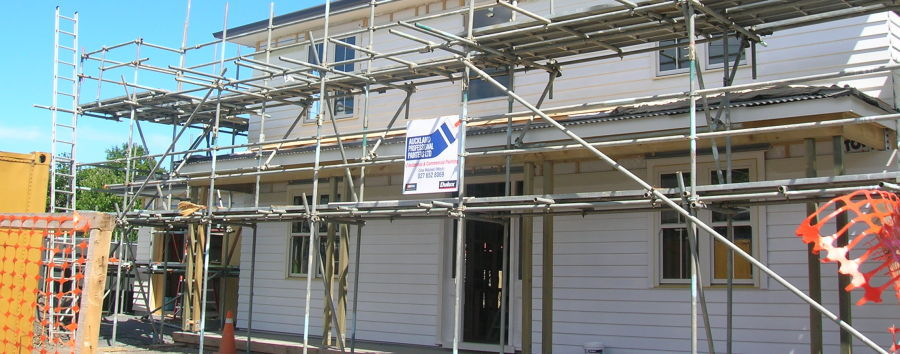 Scaffolding used by painting services in Auckland