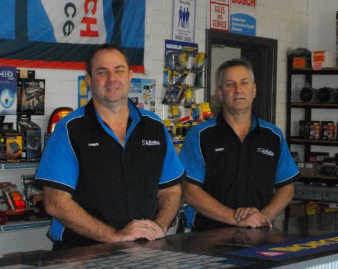 employees at shultz automotive