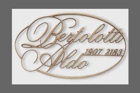 L'azienda opera da oltre 25 anni per offrirvi sempre il meglio dei prodotti funerari.