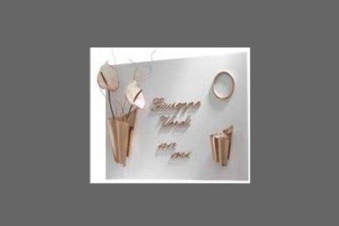 Gli accessori funebri prodotti dalla Bertolotti sono realizzati a mano e garantiti 10 anni