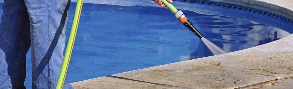 pulizia piscine e disinfestazioni