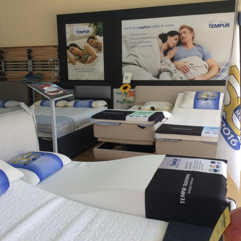 reti ergonomiche showroom Casa del materasso