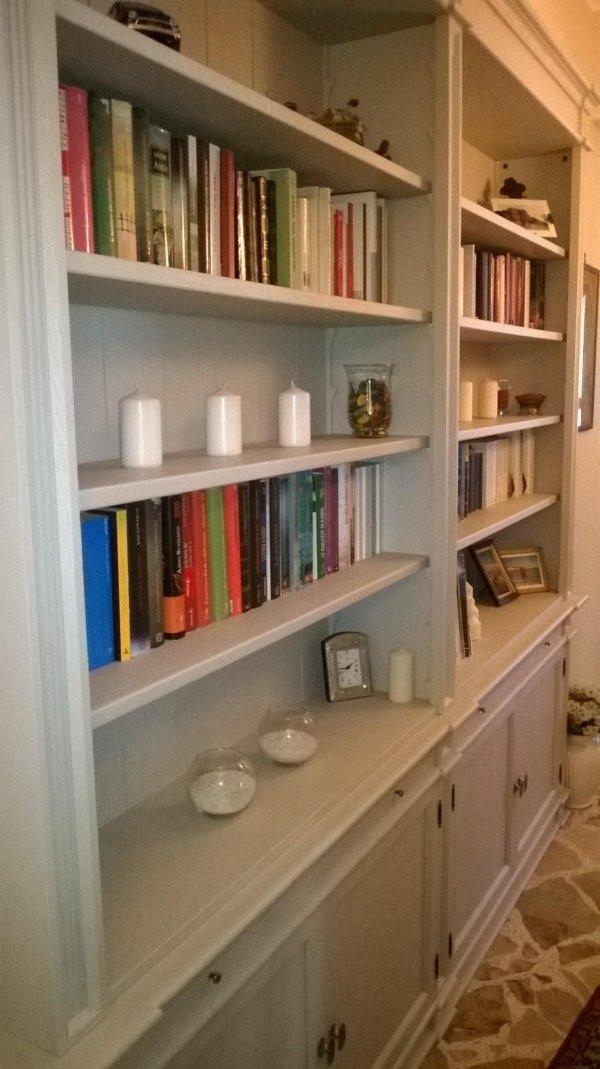 composizione libreria su misura per corridoio