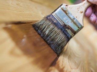 vernici e smalti per legno