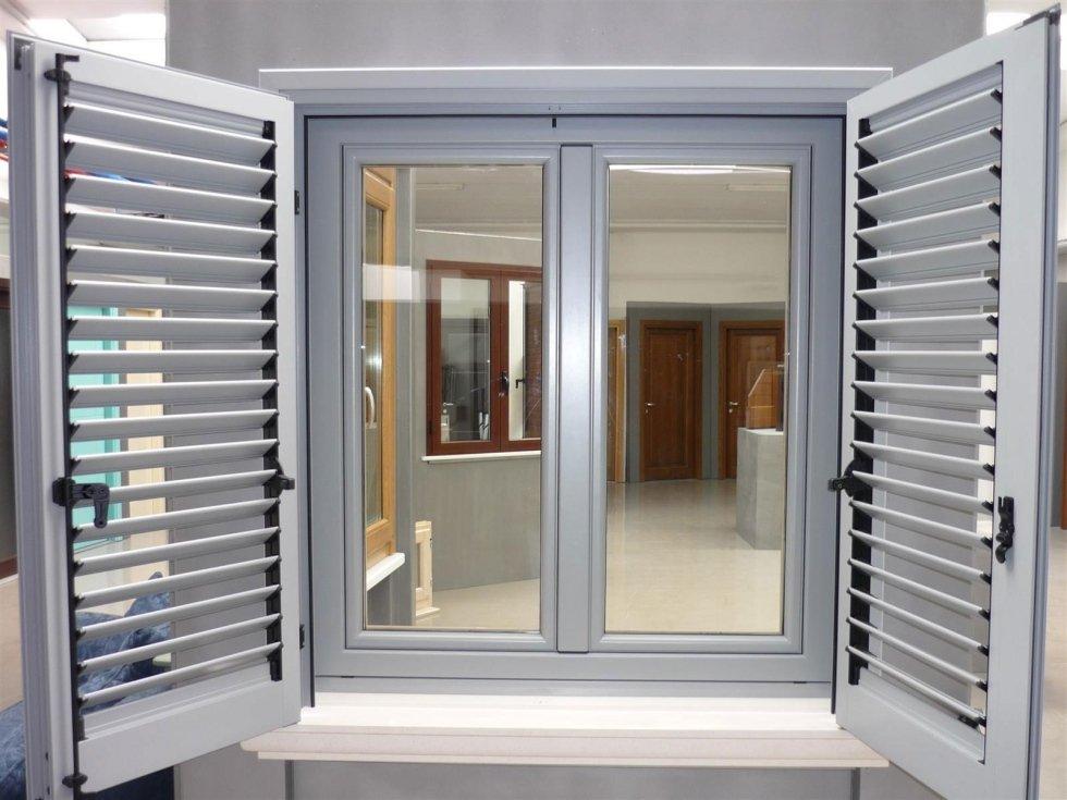 Installazione finestre in pvc genova ligurtende - Finestre pvc genova ...