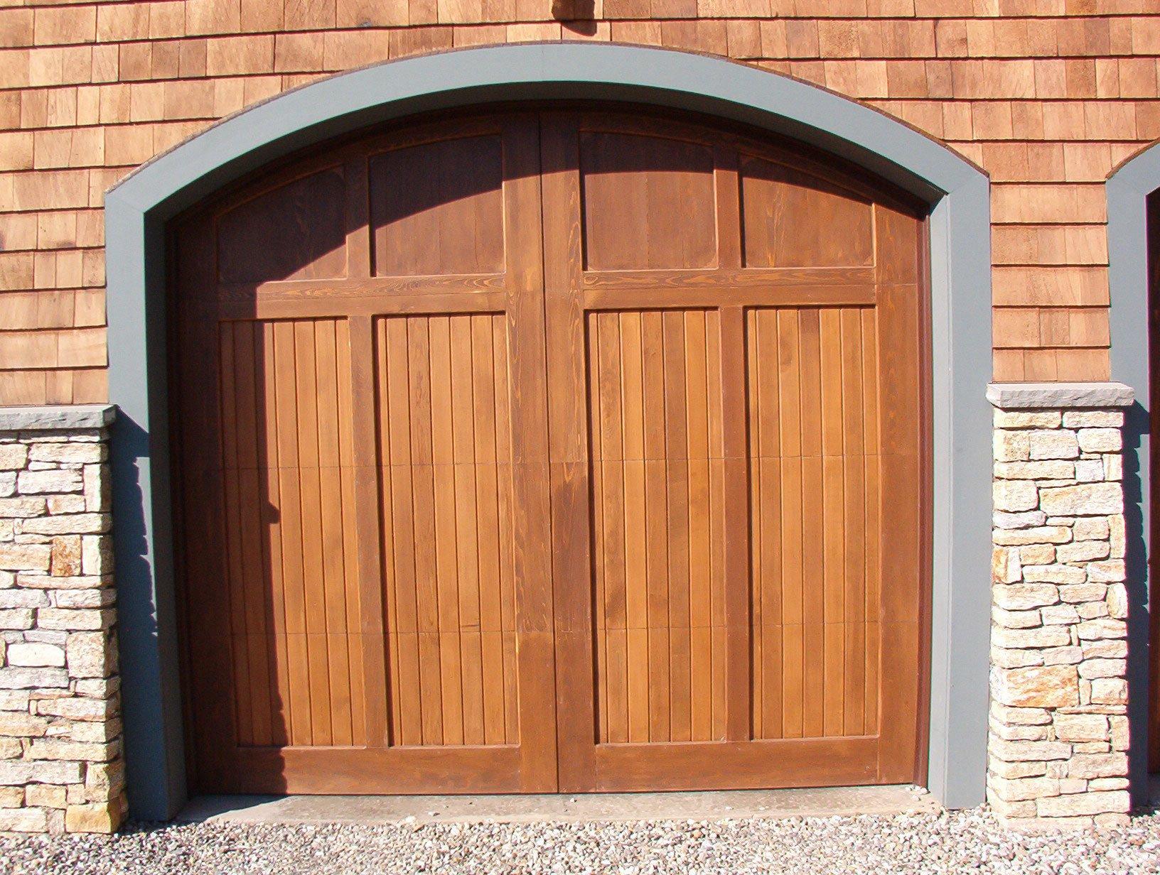 Garage door color ideas top 5 color choices for garage for 100 doors door color