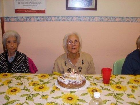Organizzazione feste di compleanno per i residenti