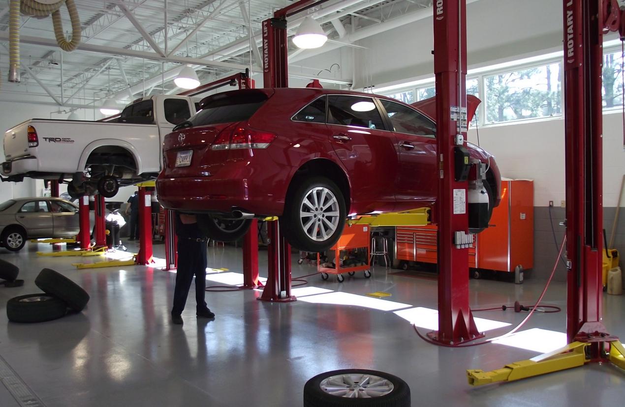 Maintenance-Tires-Repairs