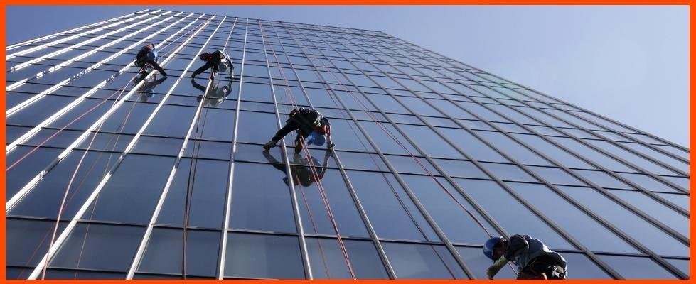 Pulizia vetri in alta quota