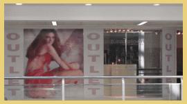 vetrofanie, vetrofanie per negozi, vetrofanie personalizzate, neon grafica rimini