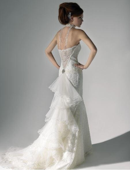 Dress mermaid lace embroidered with organza ruffles