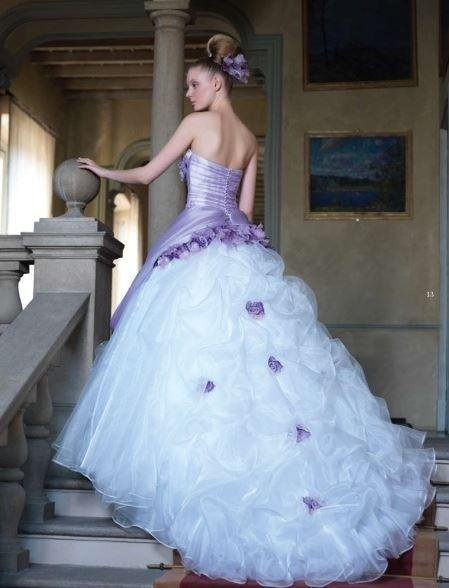 Dress in white organza with panel and wisteria