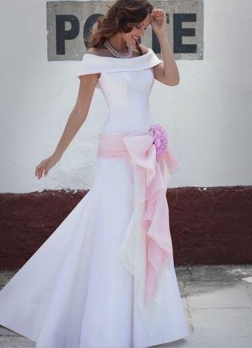 61/5000 Dress frock mikado with carry-shaded pink organza