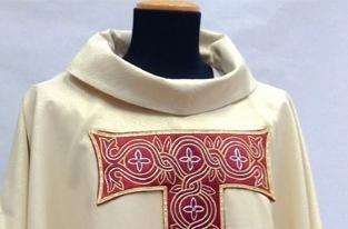 produzione-abiti-ecclesiastici