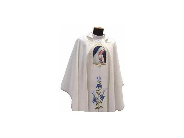 Marian chasuble with panels