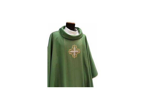 Chasuble with green gold braiding