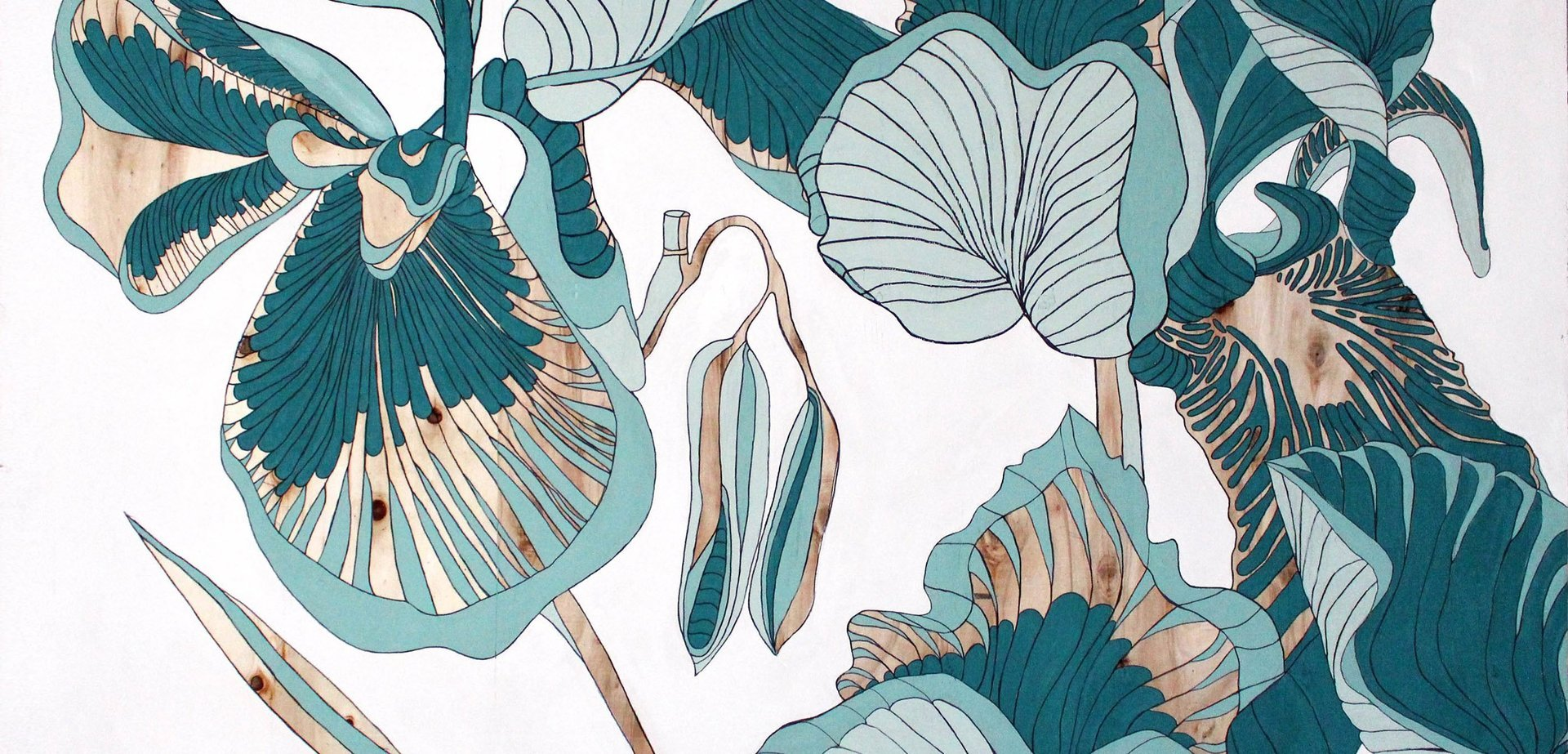 Trump Turnberry Natalia Lewandowska © Triptych painting @natalia.lewandowska.art @natalia.lew.andowska saatchi portfolio swimming pool water yellow kerb water bottle Trump Ice weeds black background yellow