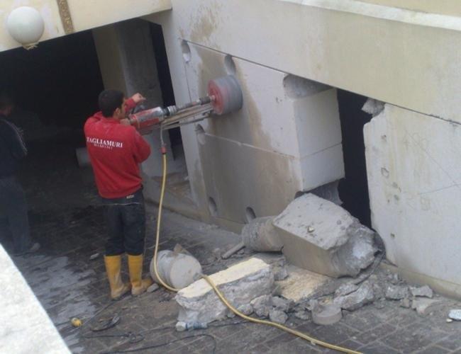 taglio del muro